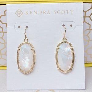 New Kendra Scott Gold Ivory Pearl Dani Earrings